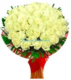 Buchet 59 trandafiri albi