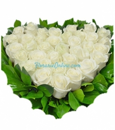 Inima trandafiri albi