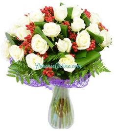 Trandafiri cu hypericum